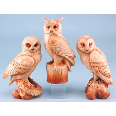Wood effect owl on rock - 22cm