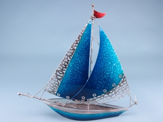 Two tone blue metal yacht - 43x38cm