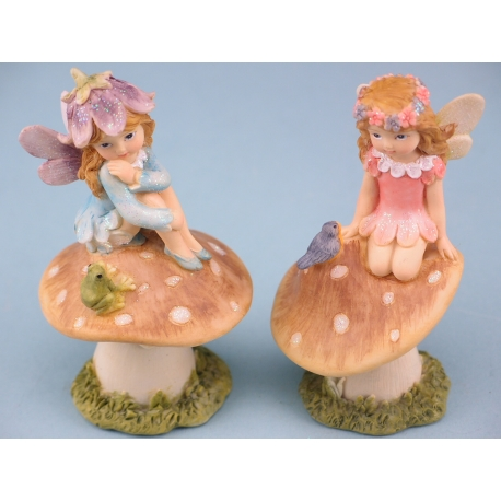 Fairy On A Toadstool - 11cm