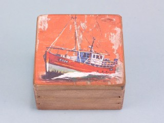 Fishing boat box - small