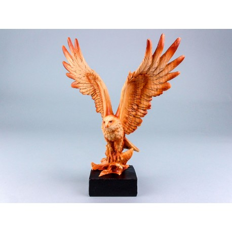 Wood Effect Flying Eagle - 19x23cm