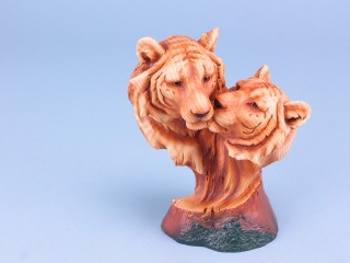 Wood Effect Tiger Head Pair - Small - 18cm