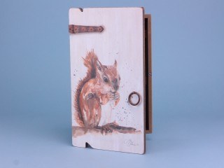Squirrel key box - 34x20cm
